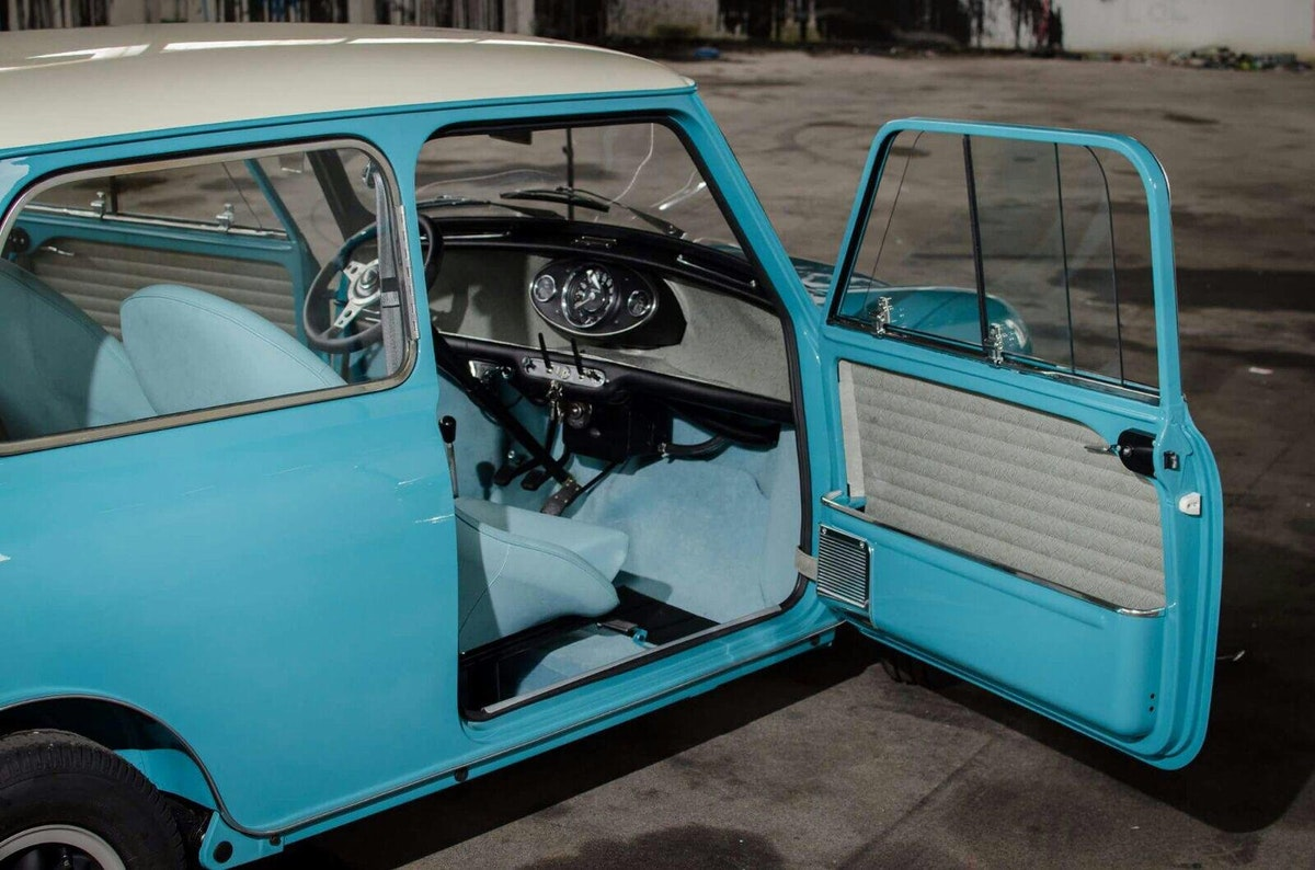 1965 Austin Mini Cooper S  (Matching Numbers) For Sale (picture 2 of 12)
