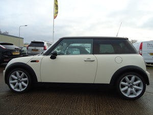 2006 LOVELLY LOW MILEAGE MINI COOPER 1.6 @ ONLY 31,170 For Sale (picture 4 of 4)