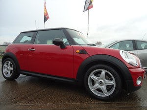 0707 MINI COOPER 1.6 PETROL - VERY NICE SPECIFICATION For Sale (picture 1 of 2)