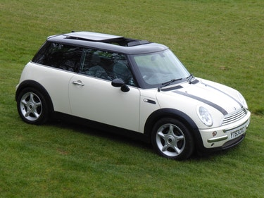 Picture of 2003 Mini Cooper Demonstrator for BMW with £6000 of Options For Sale