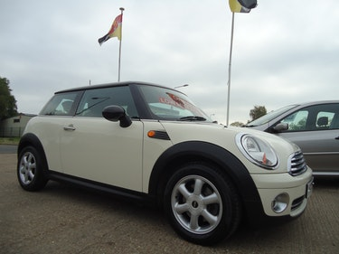 Picture of 0757 ONE OWNER / LOW MILEAGE COOPER IN PEPPER WHITE For Sale