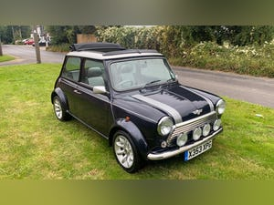 Stunning 2000 Mini Cooper Sportspack with 15,000 miles For Sale (picture 2 of 12)