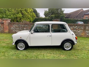 1997 Stunning White Mini Balmoral For Sale (picture 3 of 12)