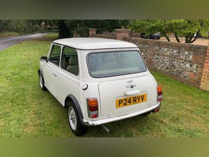 1997 Stunning White Mini Balmoral For Sale (picture 4 of 12)