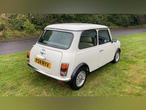 1997 Stunning White Mini Balmoral For Sale (picture 5 of 12)