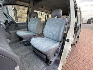 2000 MITSUBISHI DELICA 2.4 SPACEGEAR LONG & HIGH ROOF WHEELCHAIR  For Sale (picture 3 of 6)