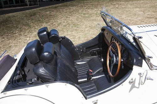 1989 Morgan 4/4 (Plus 4 Body) SOLD (picture 4 of 6)