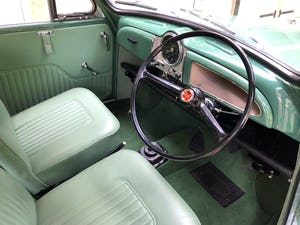 1970 Multi award winning concourse Morris Traveller  For Sale (picture 2 of 6)