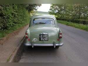 1957 Morris Isis, Incredibly Original For Sale (picture 5 of 18)