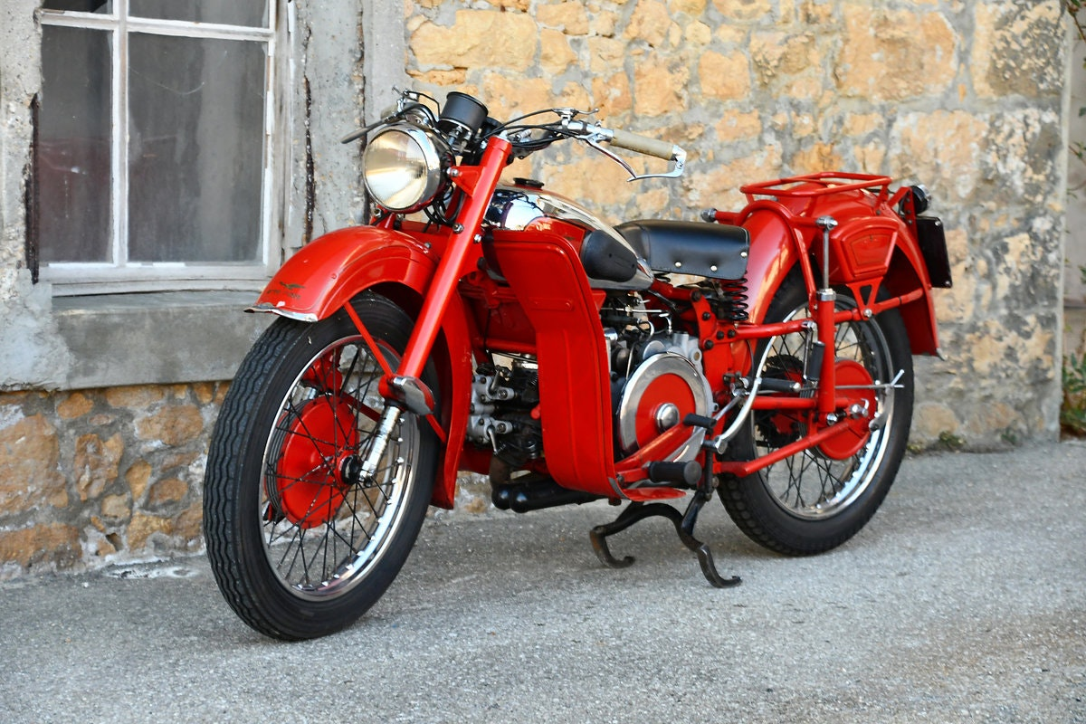 1948 Very nice and original 500cc Moto Guzzi For Sale (picture 3 of 6)