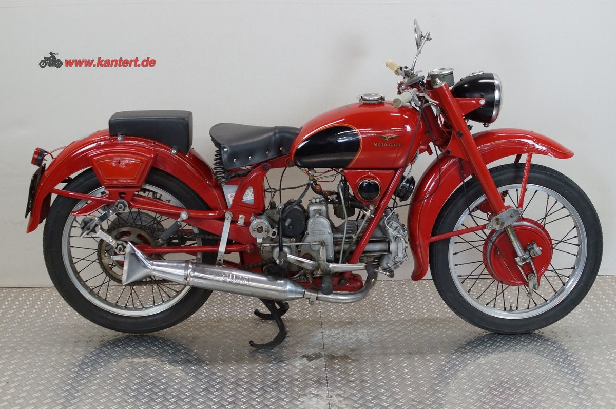 1955 Moto Guzzi Airone 250, 247 cc, 12 hp For Sale (picture 2 of 6)