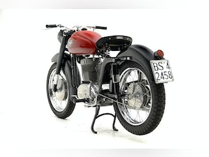 """9153 1953 MV Agusta Sport """"E"""" Lusso For Sale by Auction (picture 4 of 12)"""