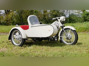 Nimbus with sidecar in ivory white For Sale (picture 1 of 10)