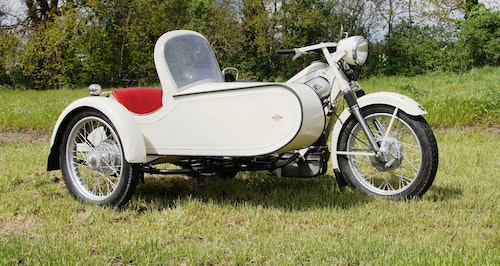 Picture of Nimbus with sidecar in ivory white For Sale