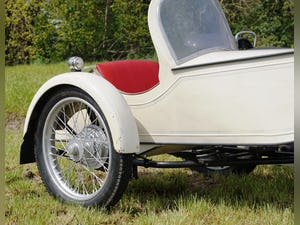 Nimbus with sidecar in ivory white For Sale (picture 5 of 10)