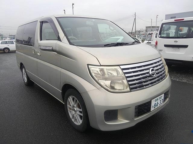 2006 NISSAN ELGRAND 2.5 V EDITION 8 SEATER * LOW MILEAGE * FRESH For Sale (picture 2 of 6)