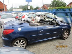 2005 CONVERTIBLE 206 BLUE WITH LEATHER TRIM  MAY 2022 MOT 87K For Sale (picture 1 of 6)