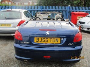 2005 CONVERTIBLE 206 BLUE WITH LEATHER TRIM  MAY 2022 MOT 87K For Sale (picture 2 of 6)