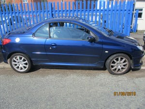 2005 CONVERTIBLE 206 BLUE WITH LEATHER TRIM  MAY 2022 MOT 87K For Sale (picture 6 of 6)