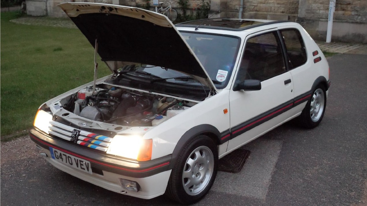 1989 Peugeot 205 GTi 1.9 L The Legendary Hot Hatch For Sale (picture 2 of 6)