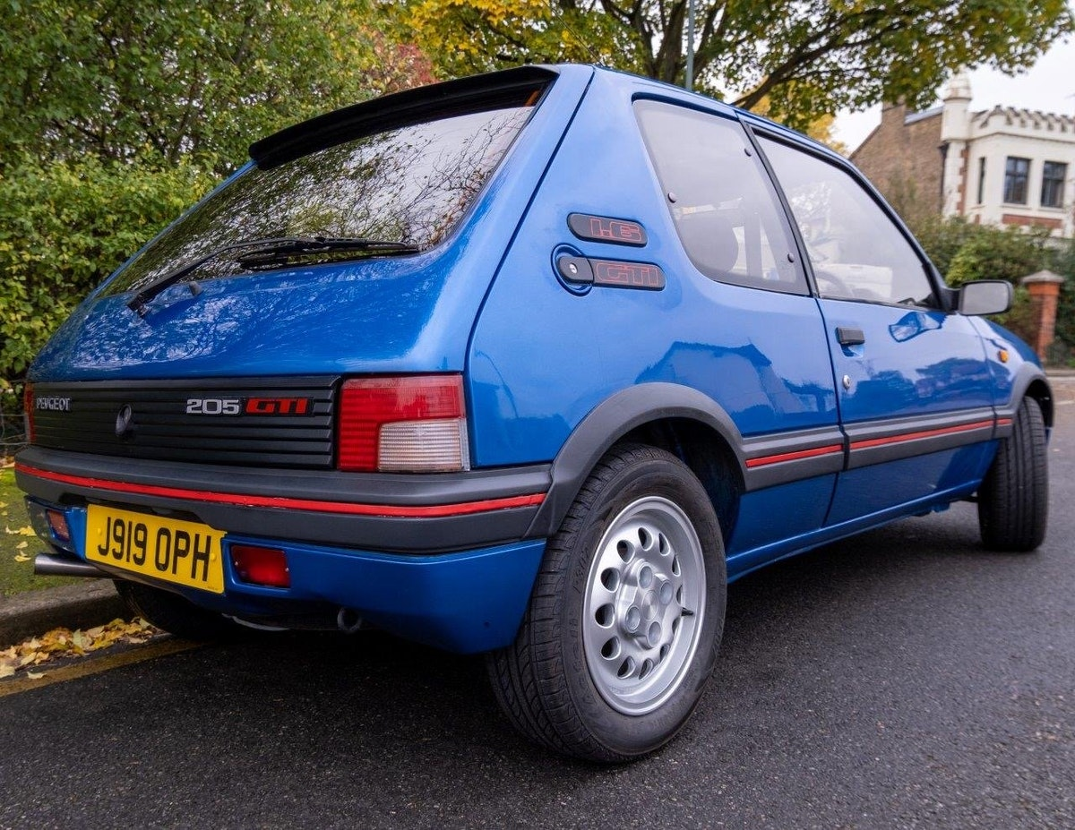 1991 Peugeot 205 1.6 GTi Series II For Sale (picture 2 of 6)