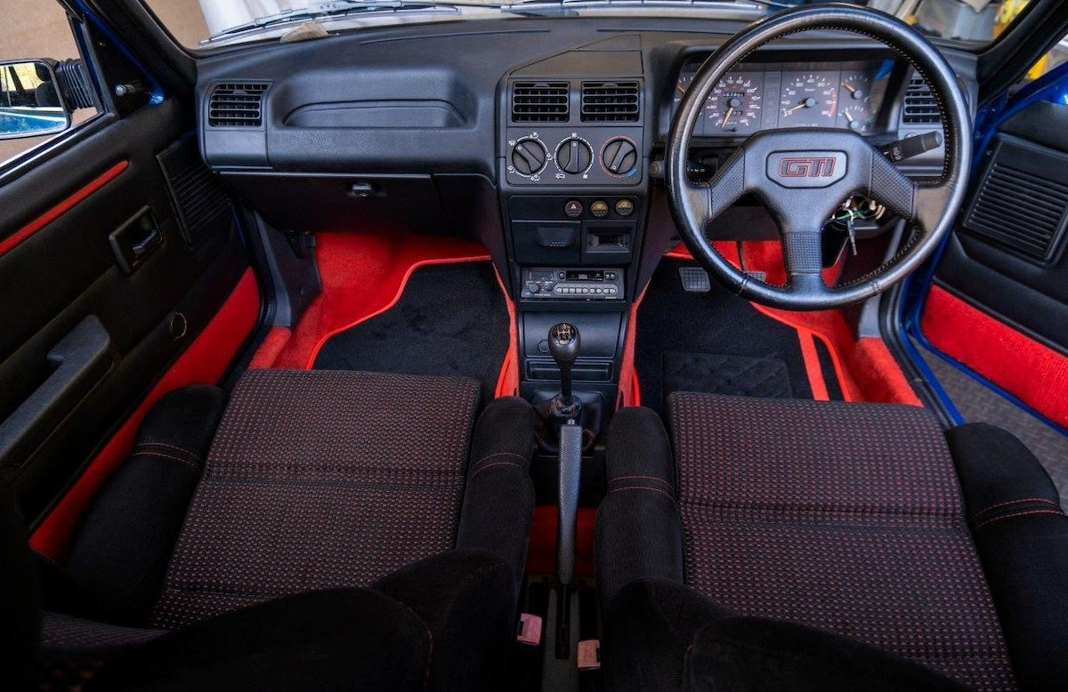 1991 Peugeot 205 1.6 GTi Series II For Sale (picture 4 of 6)
