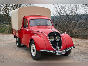 1947 Peugot 292 Truck For Sale (picture 2 of 7)