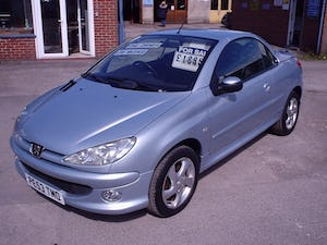 2004 PEUGEOT 206 CONVERTIBLE LOW MILEAGE For Sale (picture 3 of 11)