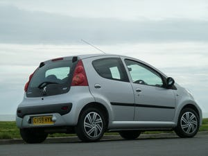 2009 PEUGEOT 107 1.012v URBAN VERY LOW MILEAGE FULL HISTORY For Sale (picture 3 of 12)