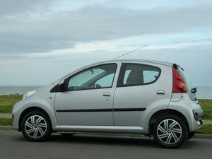 2009 PEUGEOT 107 1.012v URBAN VERY LOW MILEAGE FULL HISTORY For Sale (picture 6 of 12)