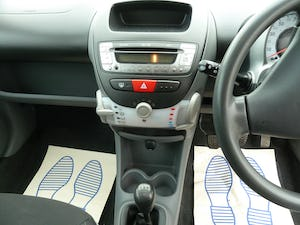 2009 PEUGEOT 107 1.012v URBAN VERY LOW MILEAGE FULL HISTORY For Sale (picture 12 of 12)