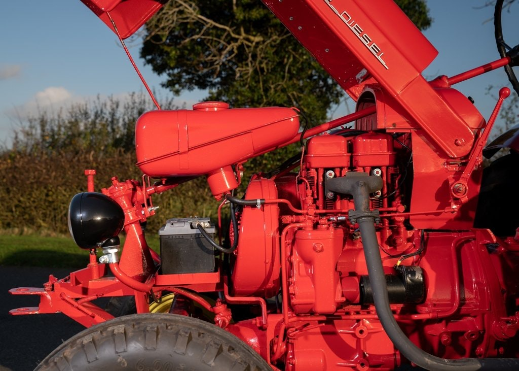 1959 Porsche Diesel Standard 218 Tractor SOLD by Auction (picture 3 of 6)