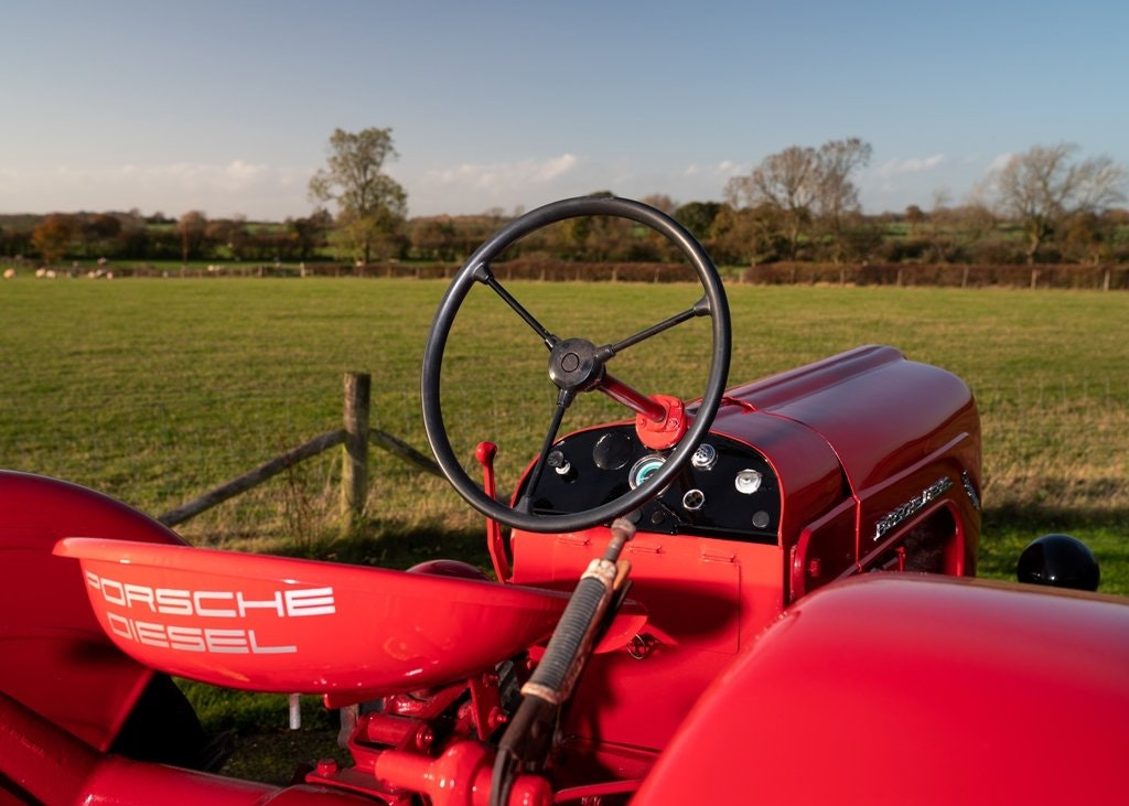 1959 Porsche Diesel Standard 218 Tractor SOLD by Auction (picture 4 of 6)