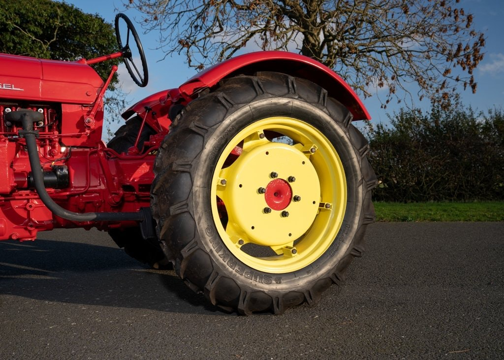 1959 Porsche Diesel Standard 218 Tractor SOLD by Auction (picture 5 of 6)