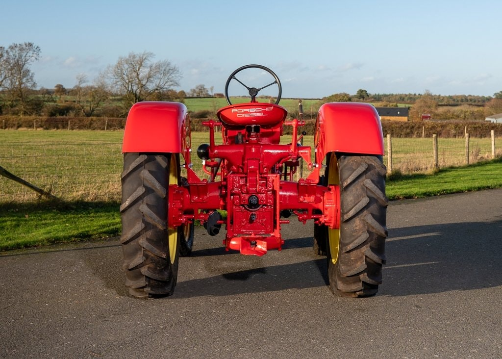 1959 Porsche Diesel Standard 218 Tractor SOLD by Auction (picture 6 of 6)
