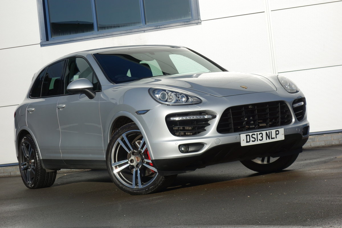 2013 Porsche Cayenne 3.0TDi Tiptronis S For Sale (picture 1 of 6)