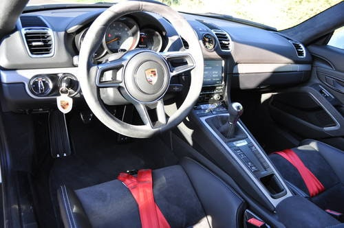 PORSCHE CAYMAN GT4 3.8 2017 ID17030 For Sale (picture 3 of 6)