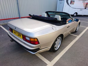 1989 Porsche 944 S2 Convertible  Concours Condition For Sale (picture 2 of 12)