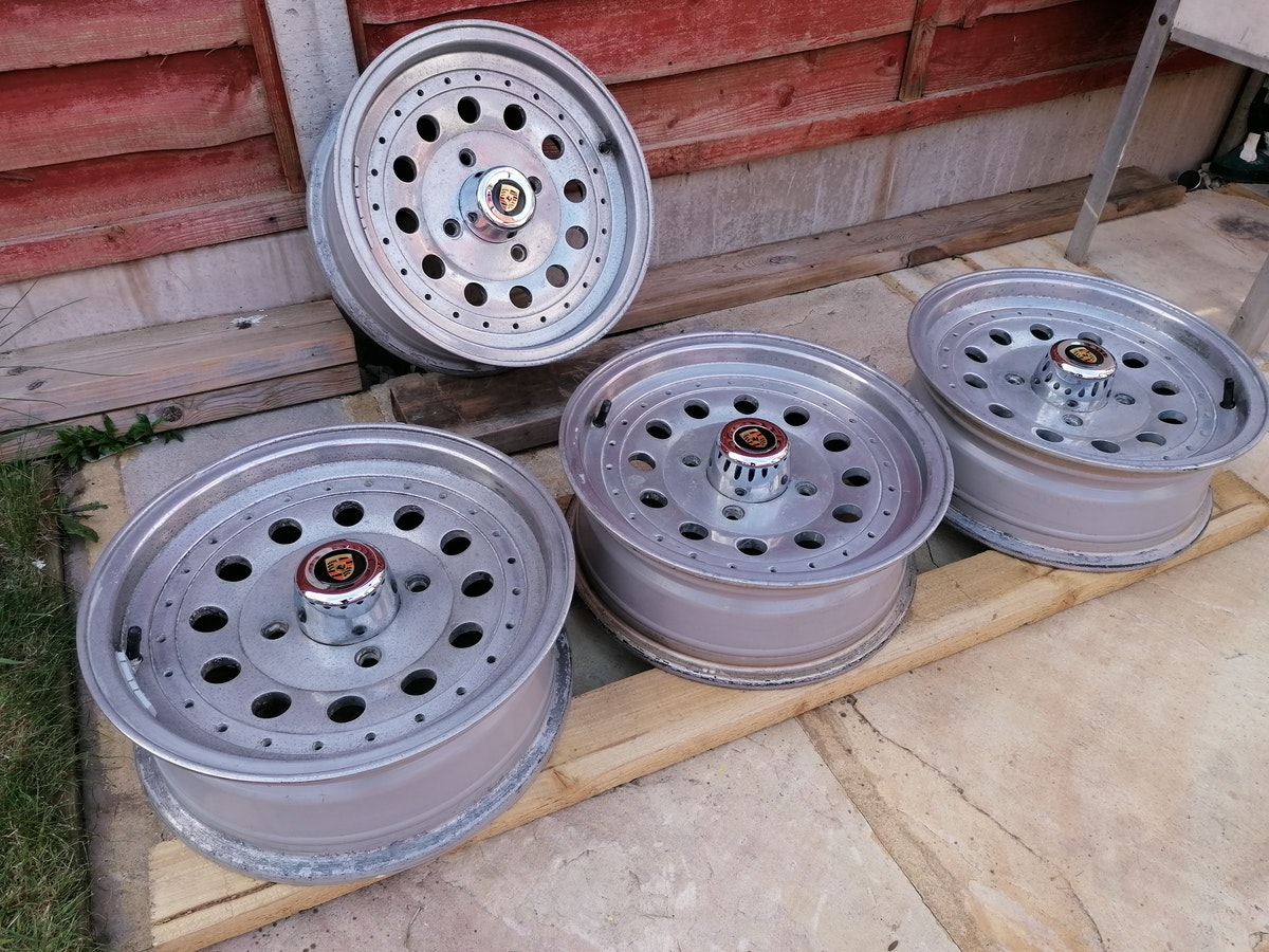 Retro Centreline Alloy wheels For Sale (picture 1 of 7)