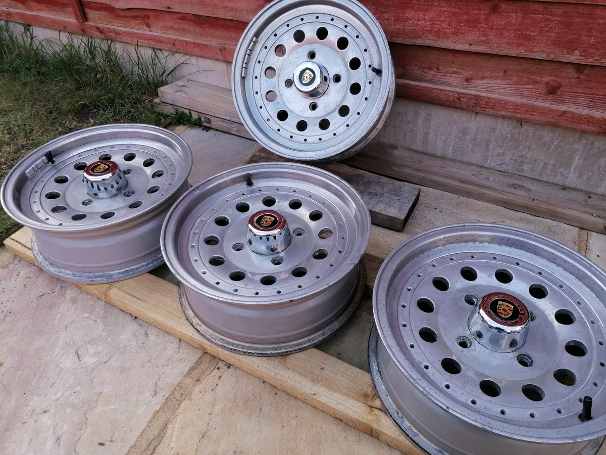 Retro Centreline Alloy wheels For Sale (picture 2 of 7)
