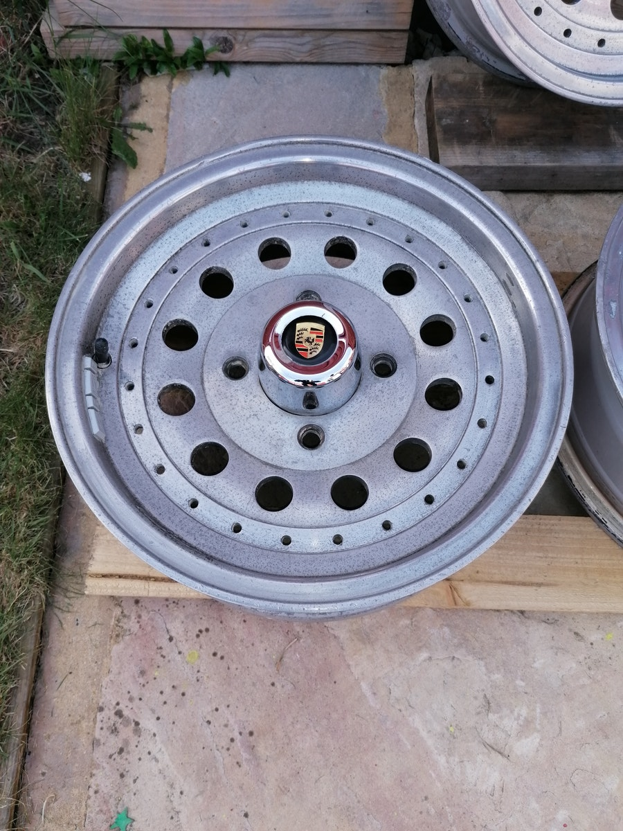 Retro Centreline Alloy wheels For Sale (picture 4 of 7)