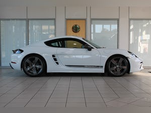2019 Porsche Cayman T (718) 2.0T Manual For Sale (picture 3 of 12)