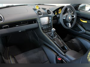 2019 Porsche Cayman T (718) 2.0T Manual For Sale (picture 10 of 12)