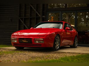 1990 PORSCHE 944 TURBO // EXCEPTIONAL SHOW CONDITION For Sale (picture 1 of 12)