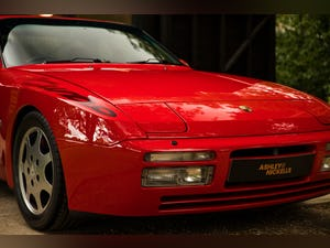 1990 PORSCHE 944 TURBO // EXCEPTIONAL SHOW CONDITION For Sale (picture 4 of 12)