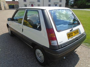 1989 Renault 5 1.4 Auto, 40000 miles, Power steering.  For Sale (picture 4 of 6)