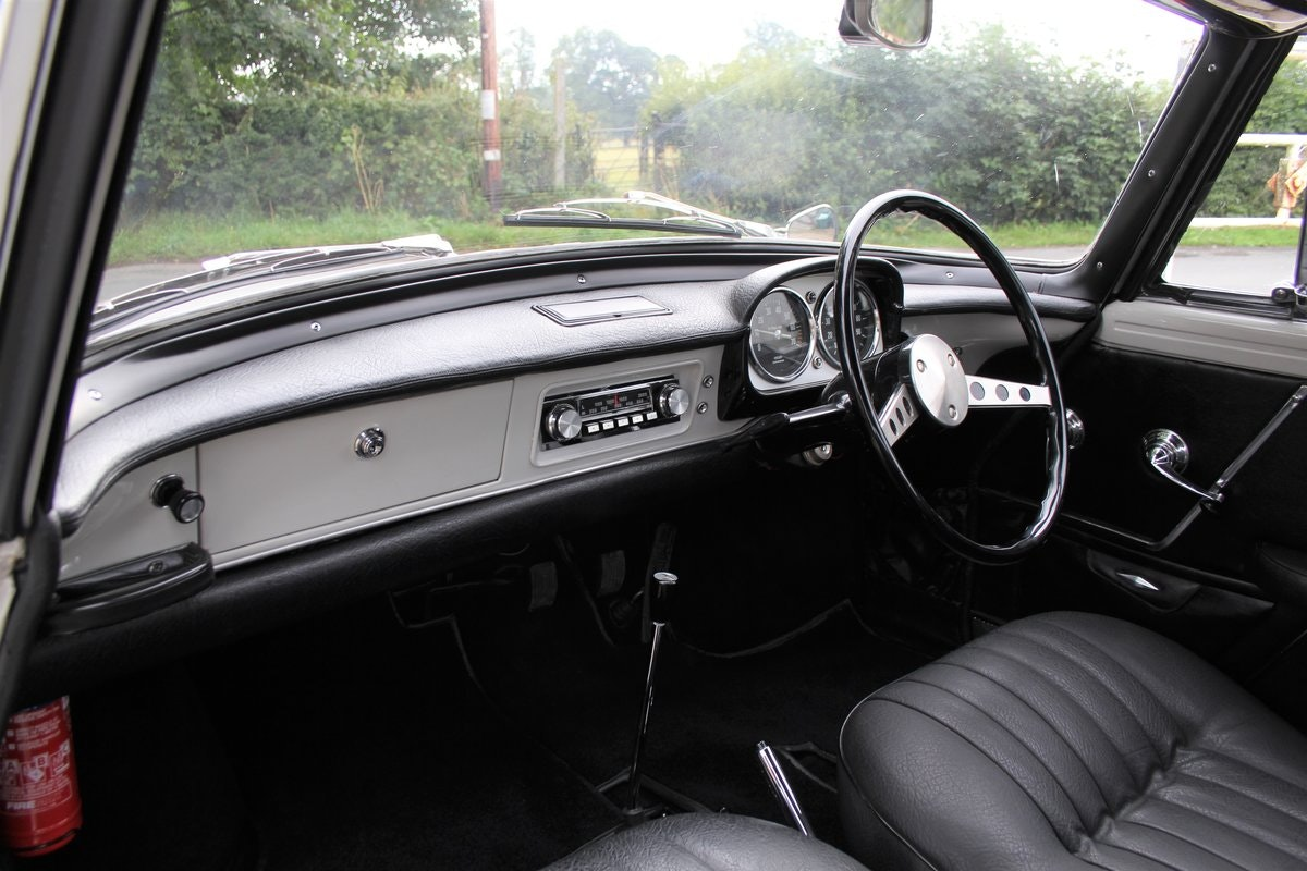1967 Renault Caravelle, Show Winner, Low mileage For Sale (picture 10 of 18)