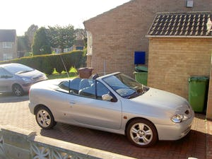 2002 2000cc Renault Megane Convertable For Sale (picture 1 of 1)