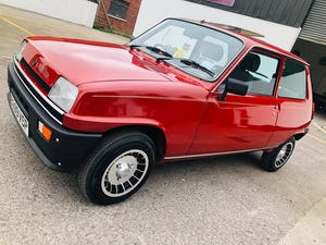 1984 Lovely Renault 5 GTL Le2 For Sale (picture 3 of 10)
