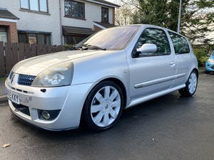 2005 Renault Sport Clio 182 For Sale (picture 2 of 11)